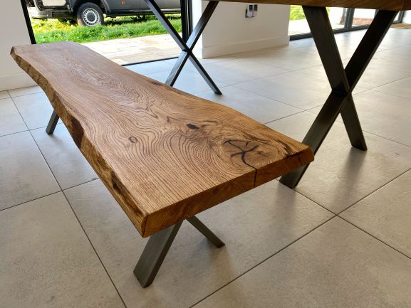oak benches handcrafted in UK by Earthy Timber