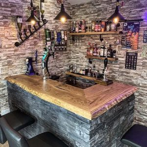 rustic oak bar top by Earthy Timber