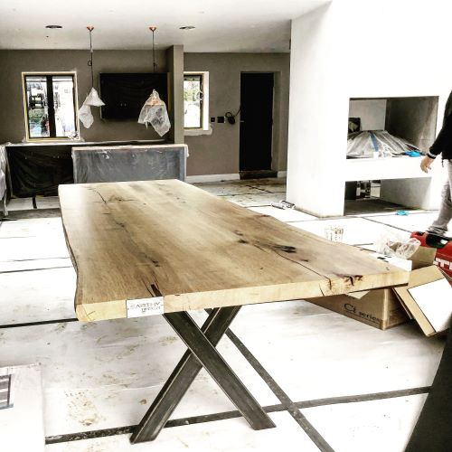 EARTHY TIMBER UK live edge tables