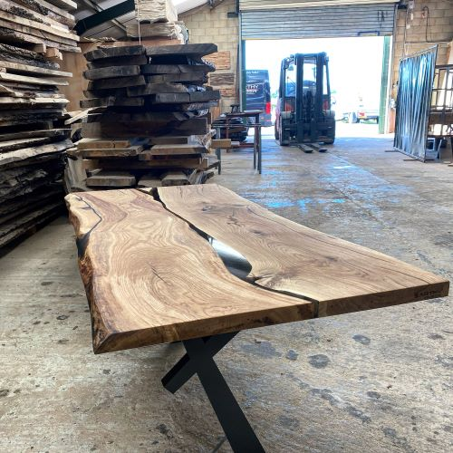 live edge oak river desk by Earthy Timber