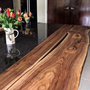 walnut resin breakfast bar by Earthy Timber