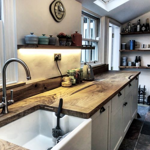 EARTHY TIMBER UK rustic oak worktops
