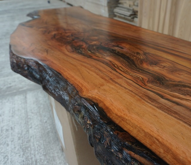 Bespoke Wooden Surface from Earthy Timber